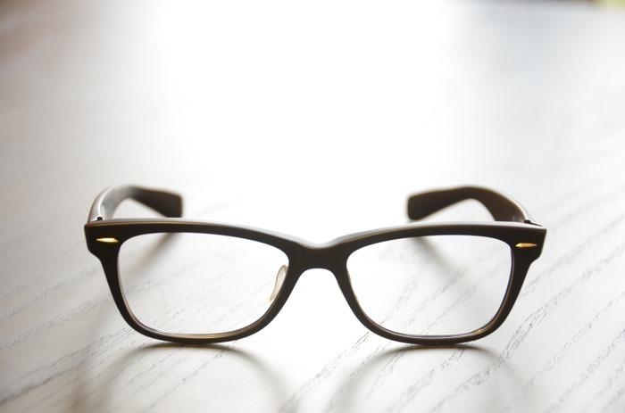 glasses_068