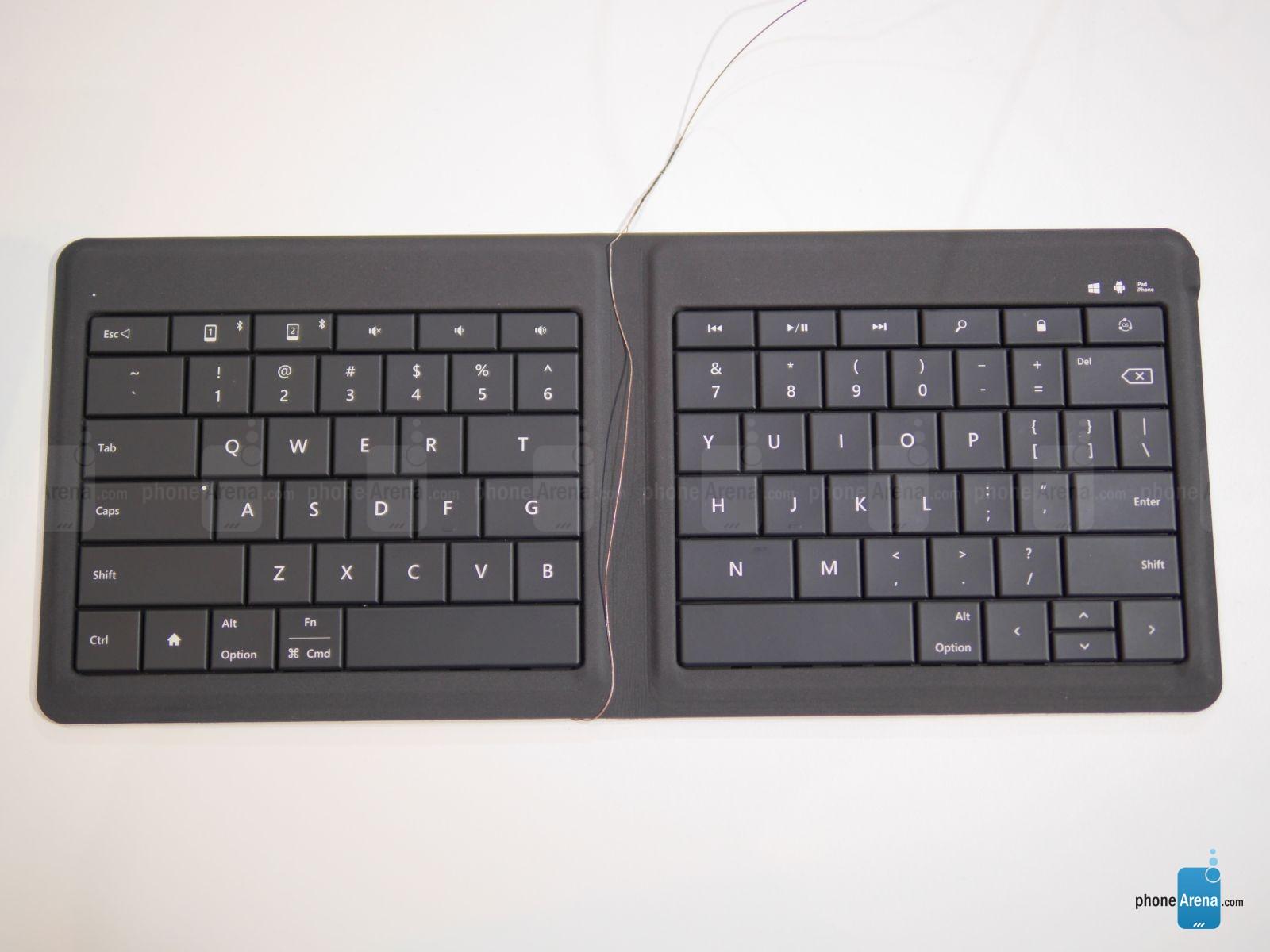 Microsoft-Universal-Foldable-Keyboard (2)
