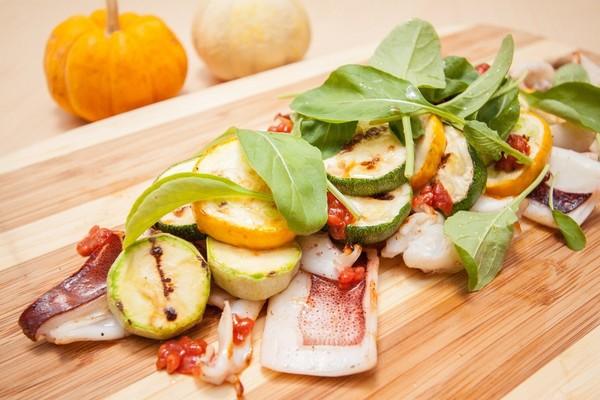 永春食事PHI Café & Bistro:(永春食事)讓夏天疲懶的胃口甦醒過來!夏季無菜單料理試吃報告