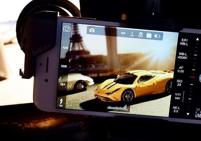 用手機也能拍出情境式的城市小車