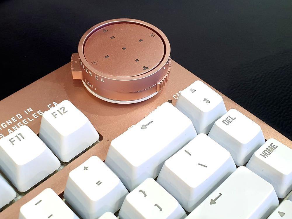 結合復古與科技的超美型鍵盤